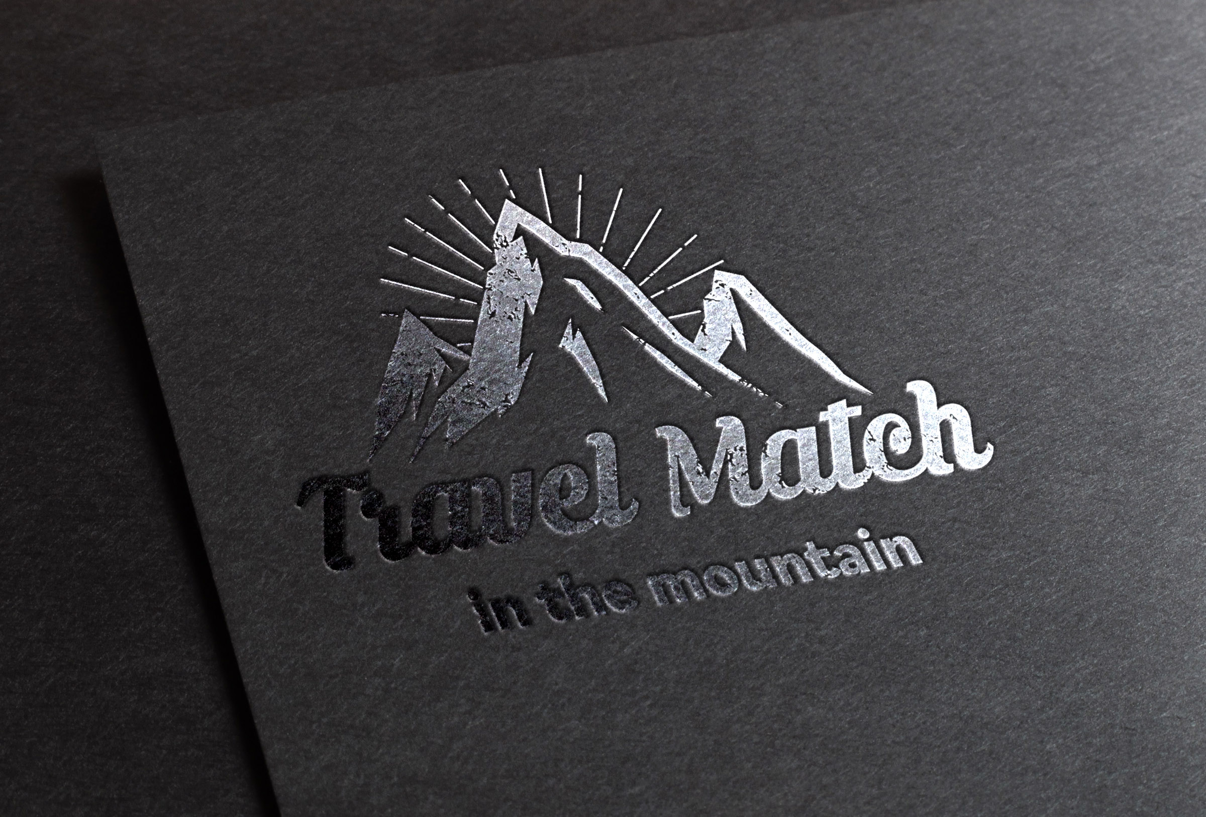 Travel Match mountain ロゴ